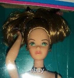 Barbie Parisian France 1979 Dolls Of The World Vintage New