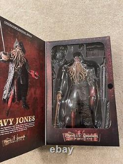 Hot Toys MMS62 1/6 Pirates of the Caribbean At Worlds End Davy Jones Brand New