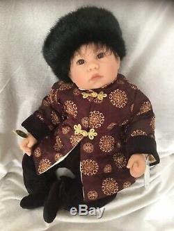 Lee Middleton Rare Htf Mongolia Children Of The World Factory New Mib