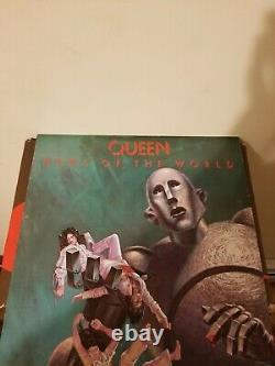 Original UK Press 1977 Queen News Of The World Vinyl! Excellent Condition
