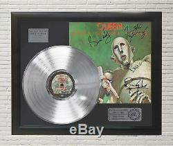 Queen News Of The World Framed Platinum LP Signature Display M4