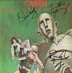 Queen News of the World Cherrywood Platinum Signature Display M4