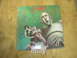 Queen signed lp News Of the World 1977 Freddie Mercury