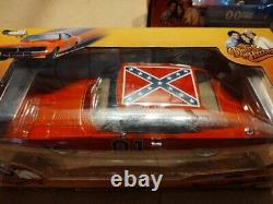 THE DUKES OF HAZARD GENERAL LEE Dodge Charger 118 Auto World Die Cast NEW