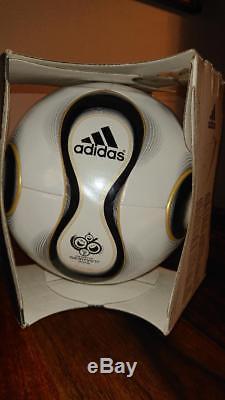 Adidas Teamgeist Officiall Match Ball De La Coupe Du Monde De La Fifa 2006 Nouveau Parfait