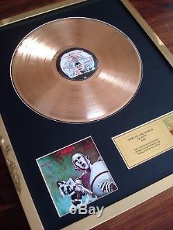 Album De Disque Record Avec Disque En Plaqué Or 24 Carats Queen News Of The World