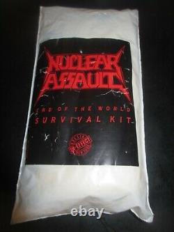 Assaut Nucléaire Fin Du World Survival Kit Promotionnel Article Raincoat Nouveau