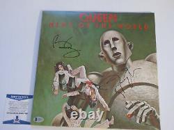 Brian May Roger Taylor Signé Queen News Of The World Vinyl Lp Bas Coa C48817