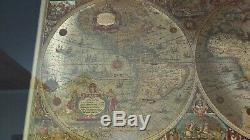 Carte Murale De Blaeu Vintage Dorée À La Feuille - Le Nouveau Monde Maillé Et Encadré Sous Verre