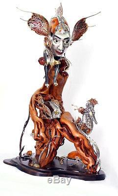 Figurine De Statue Exclusive Rives De L'ancien Et Du Nouveau Monde