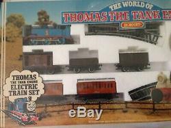Hornby R181 Le Monde De Thomas Le Train De Locomotives Jauge Oo Nouveau Et Scellé