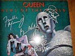 Le Groupe Queen A Signé Un Album De News Of The World Autographié, Lp Coa