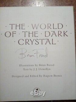 Le Monde De Dark Crystal Mettant En Vedette New Art Et Introduction Par Le