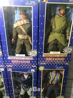 Lot De 13 Soldats Du Monde De La Guerre Civile Coréenne Wwl Tout Nouveau Dans La Boîte Scellée