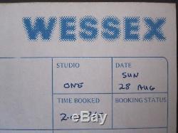 Queen Autographié 1977 Nouvelles De La Session De L'album Du Monde John Deacon Signé