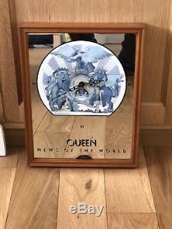 Queen Nouvelles De L'horloge Miroir Du Monde